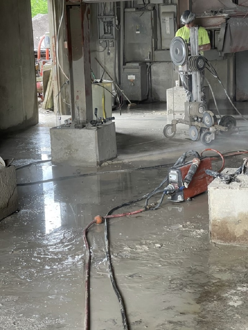Concrete Wire Sawing Offers Almost Unlimited Depth Range Fine Cut